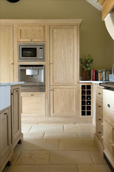 6 Neptune Henley kitchen with full height fridge/freezer and double appliance unit