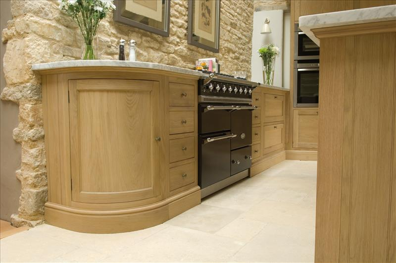 7 Neptune Henley kitchen curved base unit